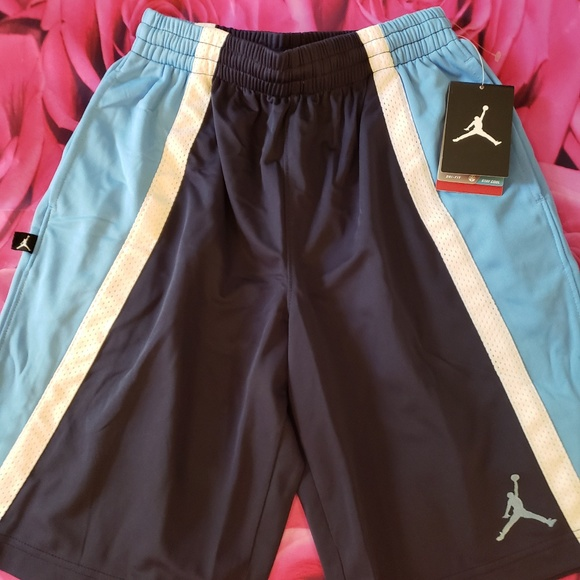 8988de0065a air jordan Bottoms | Hp Nwt Shorts Boys Youth Medium | Poshmark